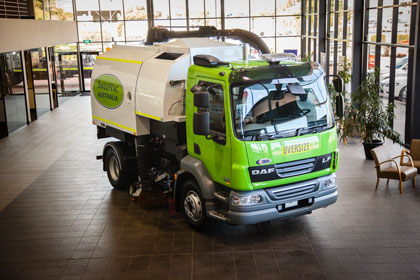 S6400 Series Road Sweeper